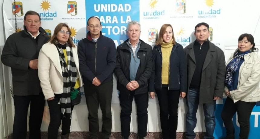 Una red de profesionales locales, en defensa de los vecinos en conflicto con las obras sociales