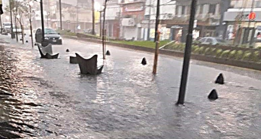 """""""Cambiemos prometió terminar con las inundaciones, y tampoco cumplió eso"""""""
