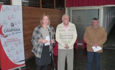 """Alumnos del Taller Municipal de Fileteado exponen en el Salón """"Ronald Nash"""""""