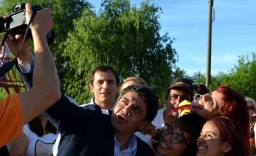 Sebastián Abella inauguró una plaza junto a vecinos en el barrio San Luciano