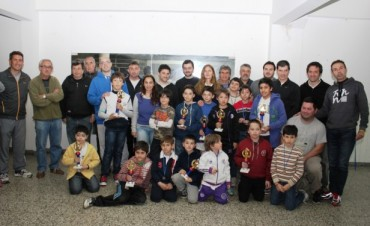 Niños y niñas participaron del Torneo Escolar de Ajedrez