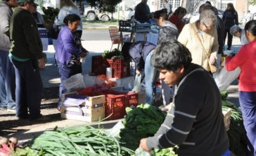 Ariel del Plata recibe a la Feria de los Productores Locales