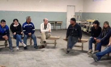 El secretario de Planificación del Municipio se reunió con vecinos de San Cayetano