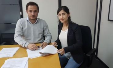 Otamendi: el Intendente anunció que se repavimentará la calle Cordero