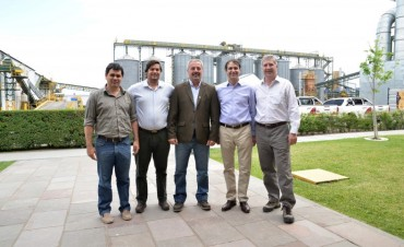 Monsanto anunció inversión de 120 millones de pesos en la construcción de un laboratorio de Alta Tecnología en su planta de Rojas