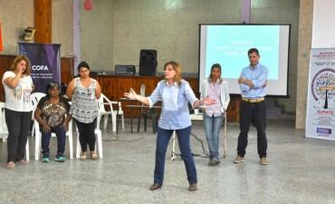 Vecinos de Villanueva participaron de una jornada de prevención del consumo de drogas