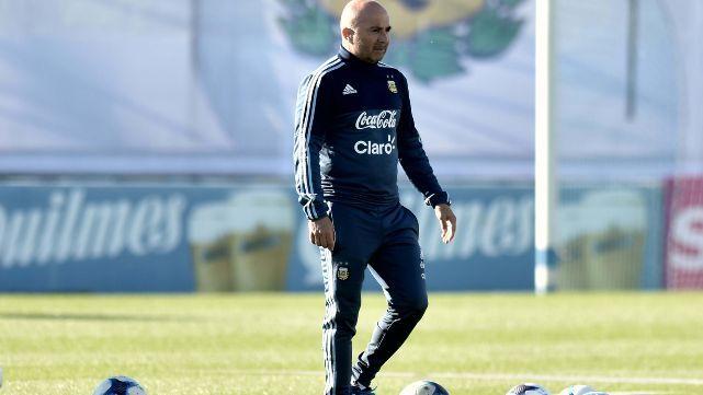 Sampaoli todavìa sigue dudando sobre la conformaciòn del equipo
