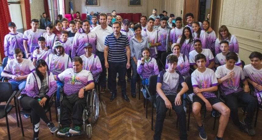 El Intendente recibió a los finalistas de los Juegos Bonaerenses 2018