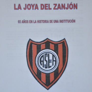 """""""La Joya del Zanjón. Un Barrio, una Institución y su Gente"""""""