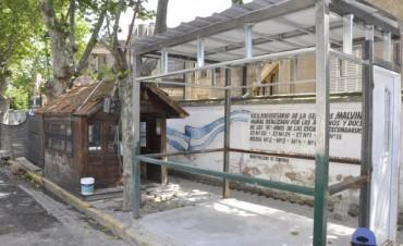 Se trabaja en la realización de una nueva parada de taxis en Av. Varela y 9 de Julio