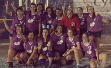 Las mayores de Campana Boat Club salieron Campeonas en el Torneo Promocional