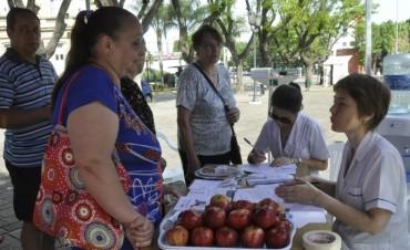 Exitosa jornada para concientizar e informar a los vecinos sobre la Diabetes