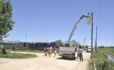 San Cayetano: avanzan las obras de iluminación del nuevo corredor seguro