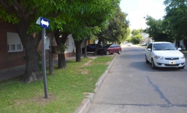 Es doble mano la calle Balcarce desde Ameghino hasta Jacob