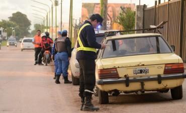 Operativo en La Josefa: 7 personas aprehendidas y 2 vehículos incautados por delitos