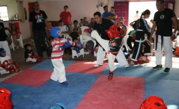 La Escuela Municipal de Kung Fu impulsó un encuentro de destreza y competencia marcial