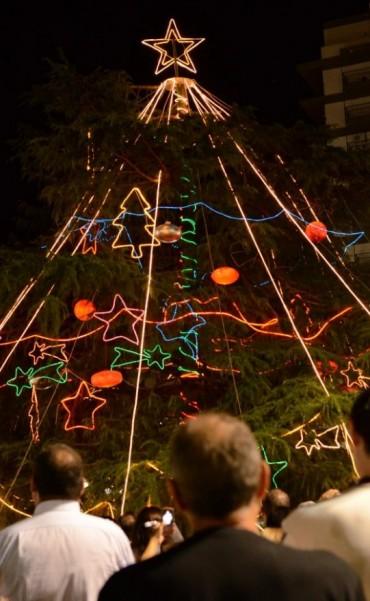 La Comunidad realizará el encendido del tradicional Árbol de Navidad