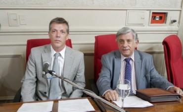 """Axel Cantlon: """"Acepto el debate con Trujillo sobre el tema Mercado de Frutos, y me gustaria agregar el acceso a la información pública y el caso de corrupción por desvío de tasas municipales"""""""