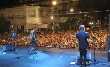 Más de 15 mil personas disfrutaron de la Fiesta del Primer Automóvil Artesanal Argentino
