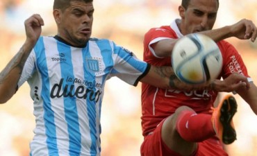 Racing Club perdió con Independiente por 2 a 1