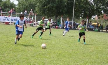 Alumnos de la Escuela Municipal de Fútbol se destacaron en Carmen de Areco