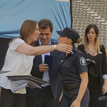 El Intendente acompañó  a Vidal en el acto de jura de 8000 policías