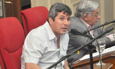 """Carlos Gomez:: El Secretario Ibarra se burla de los concejales y de los vecinos de Campana"""""""