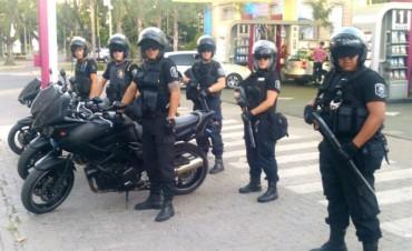 Fuerzas policiales nacionales, provinciales y locales patrullan Campana para prevenir delitos