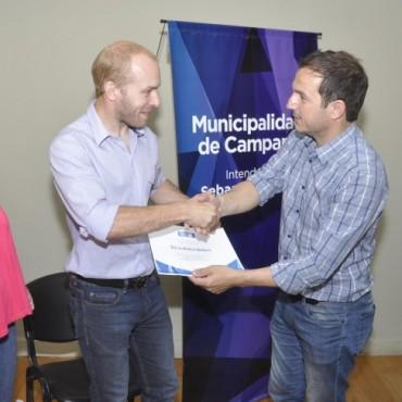 El Intendente entregó reconocimientos a alumnos destacados de la ciudad