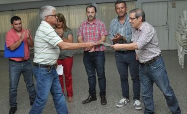 """""""Estrechando Lazos"""": el Municipio contribuyó con la donación de mobiliario"""