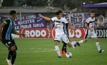 Villa Dálmine cerró el año empatando sin goles ante Almagro