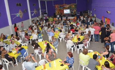 """""""Estrechando Lazos"""": 39 instituciones participaron del cierre del programa"""