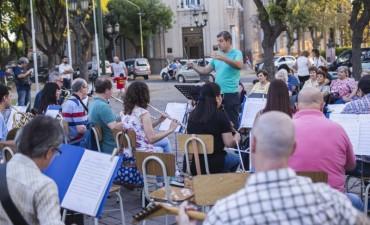 La Orquesta Municipal de Campana ensayará este jueves en la Plaza España