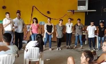 En un clima festivo, 120 jóvenes participaron del cierre del programa social Envión