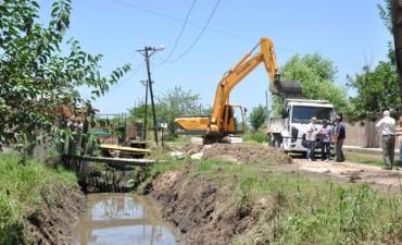 La Municipalidad realiza tareas de prevención hídrica en el barrio Otamendi
