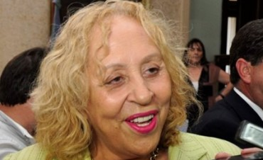 Stella Giroldi anunció el cierre de la Mesa Varela Conducción