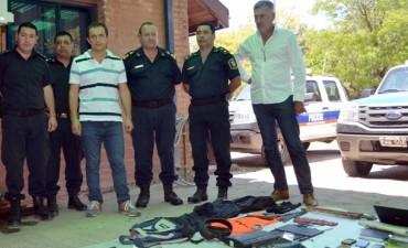 Abella felicitó al personal policial que desbarató una peligrosa banda que asolaba a barrios de Ruta 4