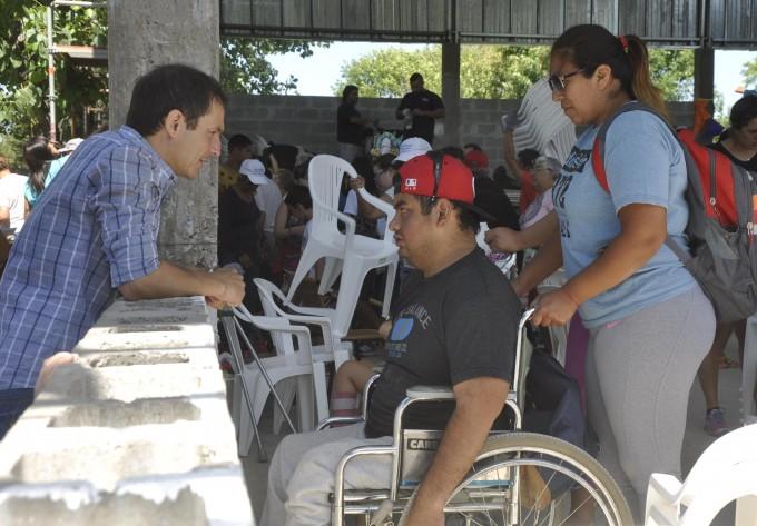 El Intendente visitó la Colonia Municipal de Verano
