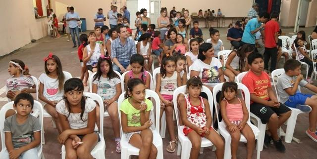 Abella participó del lanzamiento de los Talleres de Verano en Otamendi