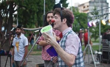 """Este viernes el """"Camping Artístico"""" regresa a la Plaza Eduardo Costa"""