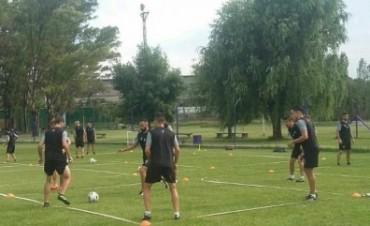 Facundo Argüello confirmò los primeros dos amistosos de  Villa Dálmine