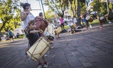 Este jueves, ensayo abierto del Taller de Folklore y Bombo en el Patio de las Américas
