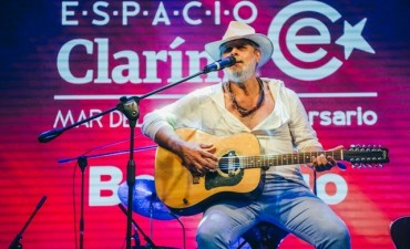 El blues estuvo presente en Espacio Clarín