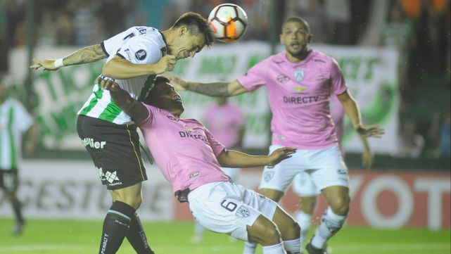 Banfield empató con Independiente del Valle 1 a 1