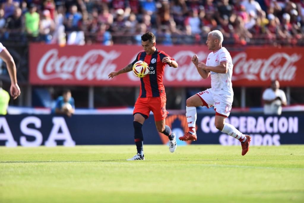 San Lorenzo de Almagro y Huracán igualaron sin goles