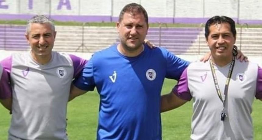 Walter Otta realizó un balance de los amistosos que disputó Villa Dálmine