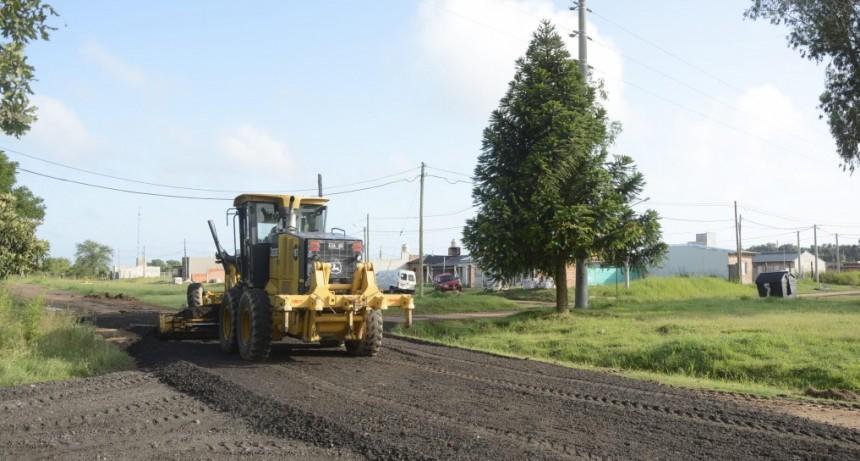 Mejoran la transitabilidad en el barrio Jardín de los Pioneros