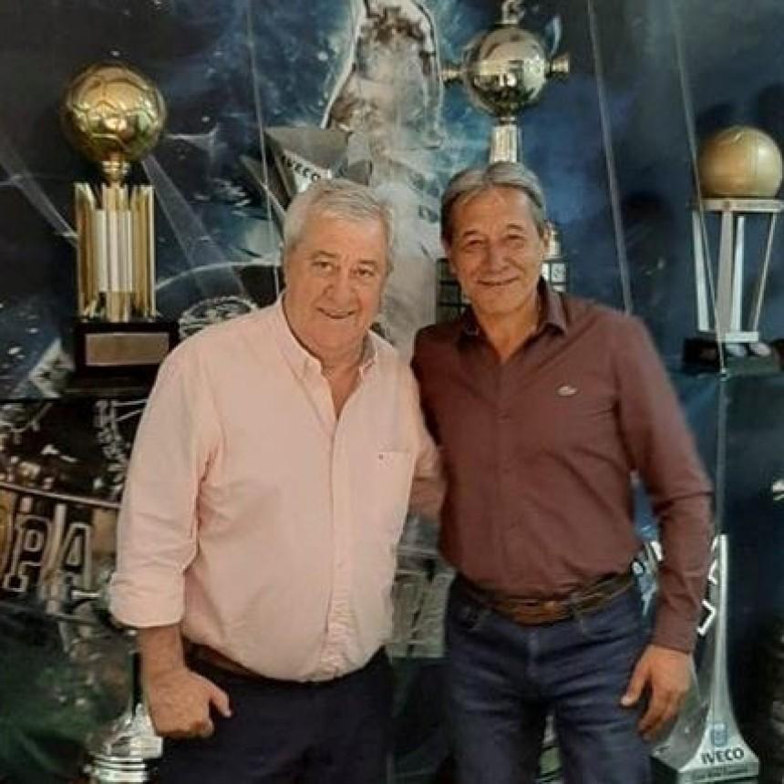 El Secretario General de la Federación Argentina del Petróleo, Gas y Biocombustibles, Pedro Milla visitó el Club Boca Juniors