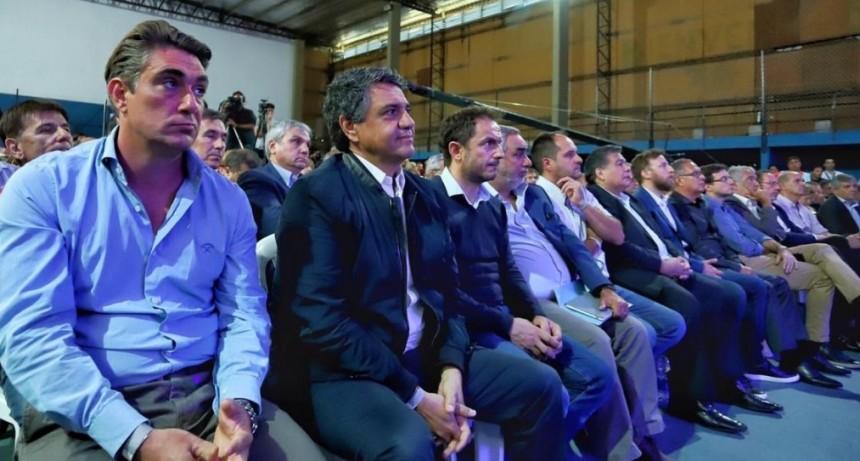 """El Intendente acompañó la presentación del programa provincial """"Escuelas a la obra"""
