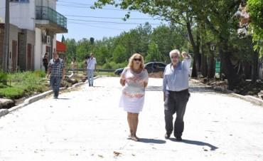 El Municipio trabaja en las últimas obras de pavimento del casco céntrico